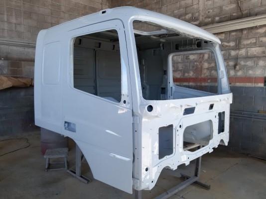 Cabine Mercedes Benz Axor 2540 2544